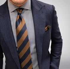 - Joey Powers with a crisp navy blazer with gray spread collar with a silk Cooper and navy striped tie with copper silk pocket square Mens Fashion Suits, Mens Suits, Men's Fashion, Fashion Outfits, Sharp Dressed Man, Well Dressed Men, Look Formal, Tie And Pocket Square, Suit And Tie