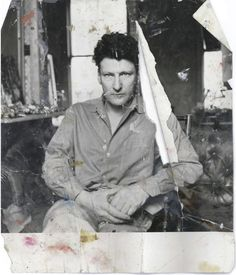 lucian freud(photographed by john deakin) found on the floor of Francis Bacon's studio      Inspiration.