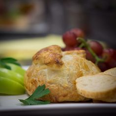Mini baked Brie