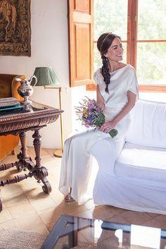 Primeras imagenes de la boda de Dolores de Formentera Aguamarina en 321mecaso con vestido Rouge de Cortana.