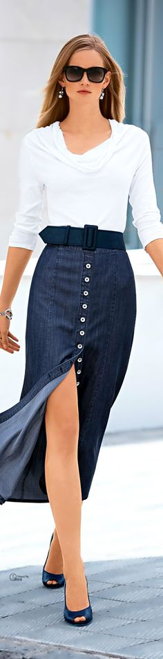 Another nice button-front denim skirt Fashion Mode, Moda Fashion, Denim Fashion, Womens Fashion, Office Fashion, White Fashion, Casual Chic, Casual Wear, Casual Outfits