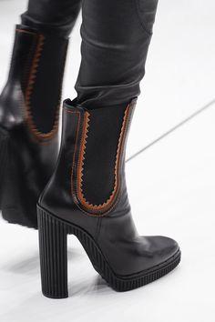 eebf67ec091a Tod s - Fall 2017 Ready-to-Wear Heeled Boots