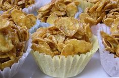 Crunchy Corn Flake Cupcakes - Foodista.com These sound like something I ought never to make, but the thought of them makes my mouth water just the same!