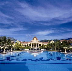 Stay at the Sandals Resort-Jamaica