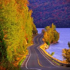 Autumn colors along U.S. Route 5A, at Lake Willoughby in Westmore, Vermont