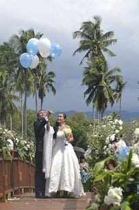 17 Stunning Wedding Venues In The Philippines Mens Beach Wedding Attire, Beach Wedding Tables, Beach Wedding Signs, Beach Wedding Makeup, Beach Wedding Bouquets, Beach Wedding Colors, Wedding Tips, Wedding Venues, Wedding Reception