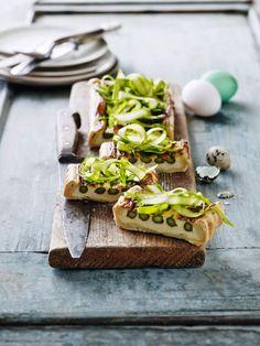Generelt er saltede mælkeprodukter som smør og ost fremragende match til asparges, for det fremhæver de grønne stænglers søde grøntsagsnuancer.