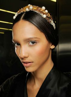 Baroque influence on your head, seen on Dolce FW 2013