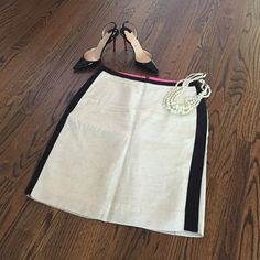 J. Crew pencil skirt Gorgeous J.Crew contrast pencil skirt. Fully lined, this cream skirt with black accents strikes the perfect balance for work & weekend. Silk, linen & rayon, back zip, size 8, excellent condition. Smoke free home. J. Crew Skirts