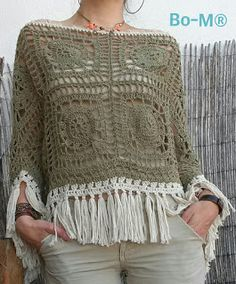 Poncho Verde Caqui Poncho Tops, Poncho Shawl, Crochet Cardigan, Knit Or Crochet, Crochet Stitches, Crochet Sweaters, Crochet Patterns, Capes & Ponchos, Bolero