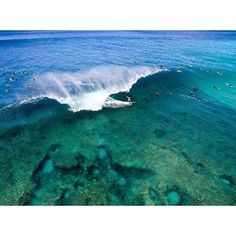 A nice view of the most famous surf reef in the world!#travel #traveling #TFLers #vacation #visiting #instatravel #instago #instagood #trip #holiday #photooftheday #fun #travelling #tourism #tourist #instapassport #instatraveling #mytravelgram #travelgram #travelingram #igtravel#surfing#drone#barrels