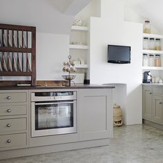 Modern Country Style: Case Study: Farrow and Ball Mouse's Back Click through for details. Stunning Modern Country kitchen