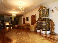 atmosfere d'altri tempi.  Hotel Excelsior, Cavalese  Tradizione e Gusto  www.visitfiemme.it