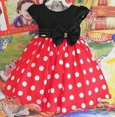 Vestido Minnie Luxo Vermelha Kids Dress Wear, Mom Dress, Baby Dress, Little Dresses, Little Girl Dresses, Girls Dresses, Baby Girl Fashion, Kids Fashion, Princes Dress