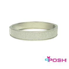 POSH - Leyla - Bangle - Bangle bracelet - Brushed silver colour- Dimension: x by FERI - Passion for Fashion - Luxury fashion jewelry for the designer in you. I Love Jewelry, Women Jewelry, Bangle Bracelets, Bangles, Silver Color, Passion For Fashion, Luxury Fashion, Fashion Jewelry, Wedding Rings