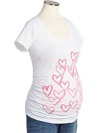 Maternity Scoop-Neck Heart-Graphic Tees