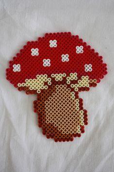 Vive l'automne avec les perles Hama beads perler mushroom Melty Bead Patterns, Pearler Bead Patterns, Perler Patterns, Loom Patterns, Beading Patterns, Perler Beads, Perler Bead Art, Fuse Beads, Safety Pin Crafts