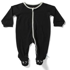 Minti baby closed in feet zippy Jumpsuit in black with grey marle trimmings. Perfect for sleep time or to wear during the day. Love You Babe, Black Jumpsuit, Color Blocking, Things That Bounce, Monochrome, Baby Gifts, Street Wear, Sweatpants, Sleep