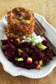 Baked latkes with beetroot and avocado salad.
