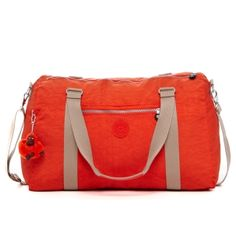 Itska Duffle Bag in Blossom #Kipling #KiplingSweeps    Great for my young Adult daughter who love any bright colors