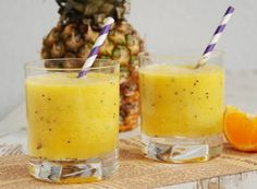 Gallery Taste: pineapple-orange cocktail with kiwi Kiwi, Weight Watchers Meals, Mixed Drinks, Smoothies, Cantaloupe, Pineapple, Orange Cocktail, Cocktails, Fruit