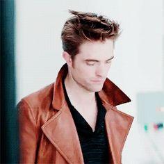 Tumblr Robert Pattinson BTS of GQ shoot