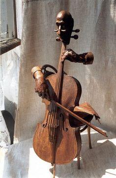 """Entr'acte"" Caucasian walnut wood sculpture by Yuri Firsanov"