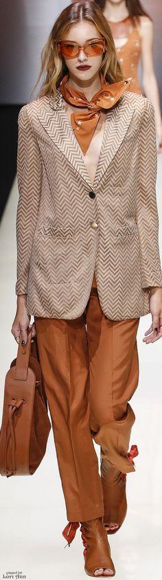 Emporio Armani Spring 2016 RTW women fashion outfit clothing style apparel @roressclothes closet ideas