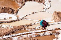 Террасные бассейны соляных копей Марас служили и служат для добычи соли. Вода здесь содержит большое количество минералов и при испарении выделяет соль. Наполненные водой бассейны оставляют, чтобы вода испарилась, а затем их наполняют повторно раз за разом, чтобы получить достаточное количество соли.