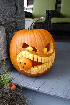 Baby Pumpkin Snack by BlissfulGirl, via Flickr Scary Pumpkin Carving Patterns, Awesome Pumpkin Carvings, Halloween Pumpkin Carving Stencils, Halloween Pumpkin Designs, Scary Halloween Pumpkins, Amazing Pumpkin Carving, Small Pumpkin Carving Ideas, Funny Pumpkins, Halloween Prop