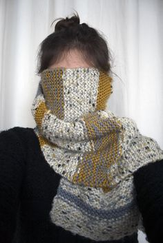 simple garter scarf with awesome texture & colour mix