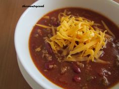 The Country Cook: Slow Cooker Chili & Sweet Cornbread Slow Cooker Chili, Crock Pot Slow Cooker, Crock Pot Cooking, Slow Cooker Recipes, Crockpot Recipes, Cooking Recipes, Cooking Chili, Cooking Tips, Slower Cooker