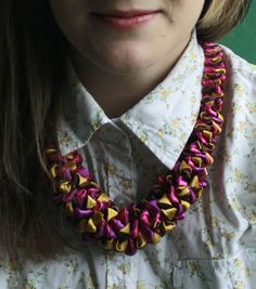 Purple and gold satin necklace with silver filigrees