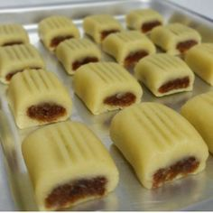 No automatic alt text available. Arabic Dessert, Arabic Sweets, Maamoul Recipe, Eid Sweets, Lebanese Desserts, Middle Eastern Desserts, Arabian Food, Turkish Recipes, Persian Recipes