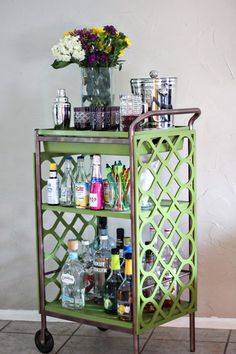 Bar Cart DIY- I finally found a design to make one of these on the cheap