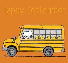 Happy September Snoopy n his Gang Peanuts Cartoon, Peanuts Snoopy, Charlie Brown Und Snoopy, Snoopy Und Woodstock, Happy September, September Images, School Cartoon, Snoopy School, Snoopy Pictures