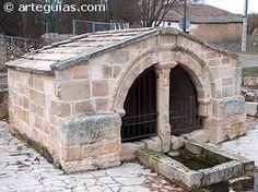 Fuente románica de Fresno de la Fuente (Segovia)