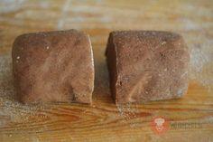 FotoRecept | Jablkovo-kokosové rezy so žĺtkovou polevou - NajRecept.sk Bread, Food, Basket, Meal, Essen, Hoods, Breads, Meals, Sandwich Loaf