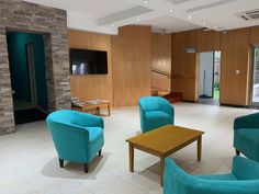 Recepción Floor Chair, Flooring, Furniture, Home Decor, Interiors, Decoration Home, Room Decor, Wood Flooring, Home Furnishings