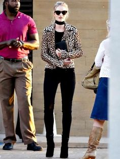 Rosie Huntington look animal print