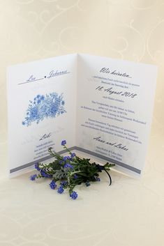 """Einladungskarte """"Fleur"""" Place Cards, Place Card Holders, Invitation Cards, Cordial, Getting Married, Invitations"""