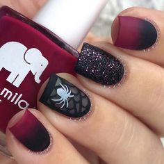 25 Creative Halloween Nail Art Ideas https://www.facebook.com/shorthaircutstyles/posts/1759170721040034