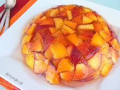 Kitchen Stori.es: Φρέσκα Φρούτα σε Ζελέ Κρασιού
