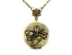 Octopus Floral Locket Pendant  Edwardian Photo Locket by SteamSect, $32.00