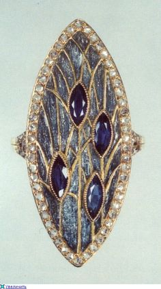 Georges Fouquet, 1862 -1957 | JV // Georges Fouquet was a goldsmith and jeweller based in Paris. Fouquet was linked with both the Art Nouveau and Art Deco movements.