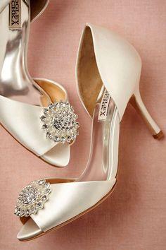 Baguet d'Orsay Heels