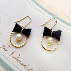 antique lace spring dress up ピアス set Amber Jewelry, Cute Jewelry, Pearl Jewelry, Jewelry Crafts, Jewelery, Cute Earrings, Beaded Earrings, Earrings Handmade, Beaded Jewelry