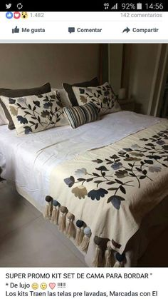 Almohadones Skinny Quilts, Bed Cover Design, Designer Bed Sheets, Cushion Embroidery, Border Embroidery Designs, Wool Quilts, House Quilts, Duvet Bedding, Bed Covers