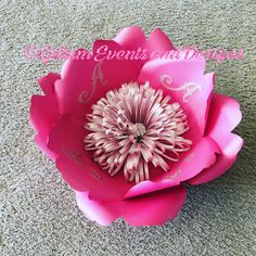 Custom order! #paperflowers #gillumeventsanddesigns