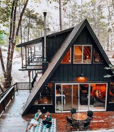 Tiny House Cabin, Tiny House Design, Cabin Homes, My House, Tiny Homes, House On A Hill, Log Homes, Cabins In The Woods, House In The Woods